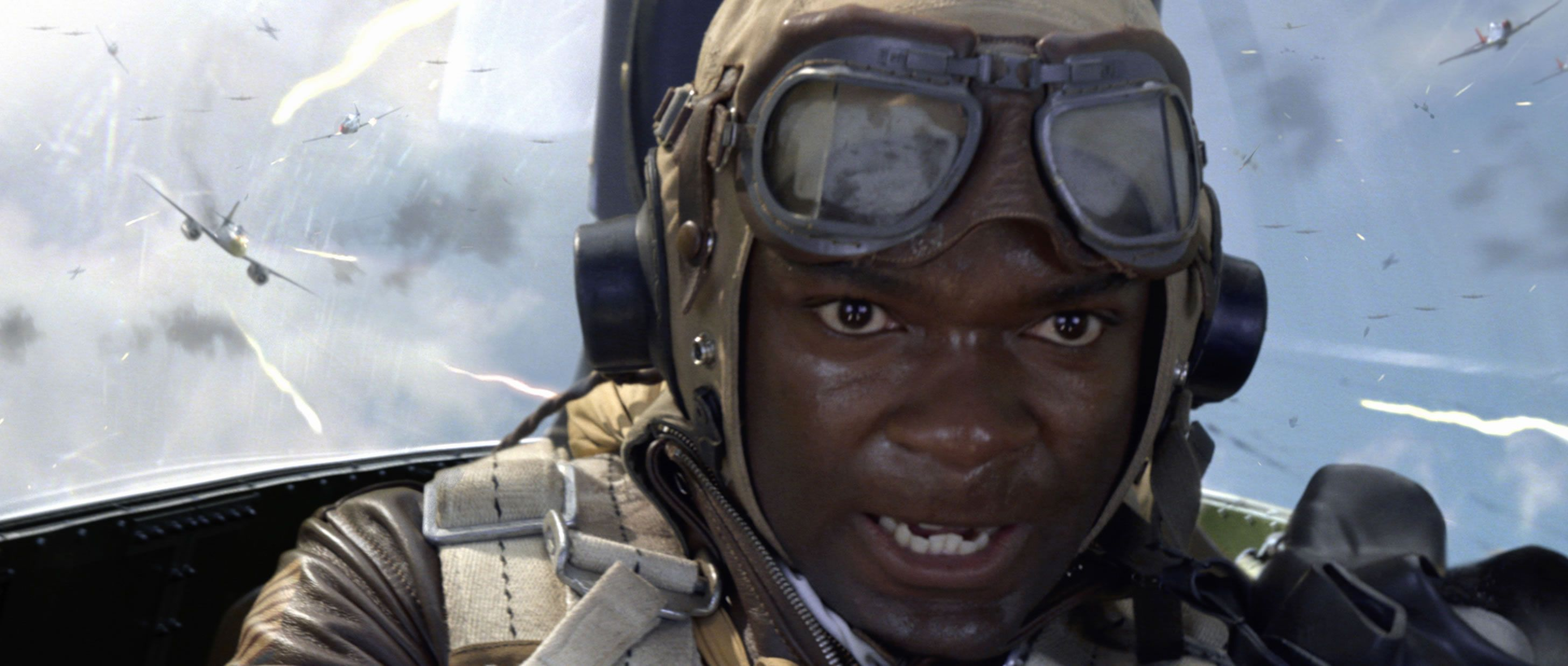 RED TAILS Review | Collider