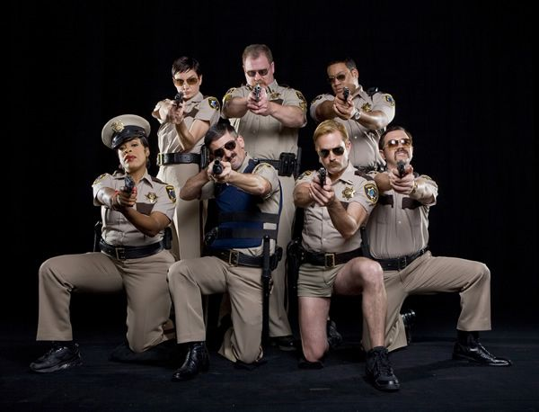 exclusive details on thomas lennon 39 s new sci fi improv show alabama says it 39 s reno 911 meets. Black Bedroom Furniture Sets. Home Design Ideas