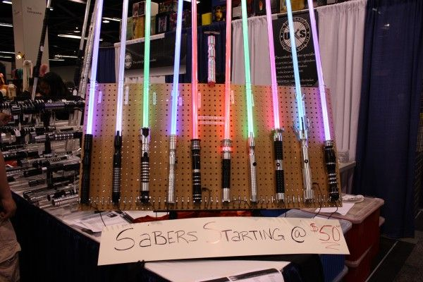 replica-lightsabers-wondercon