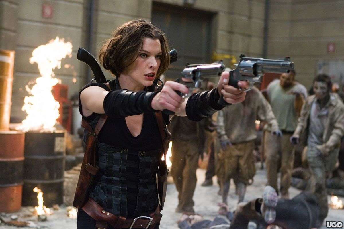Milla Jovovich Shares RESIDENT EVIL: RETRIBUTION Set Video ...