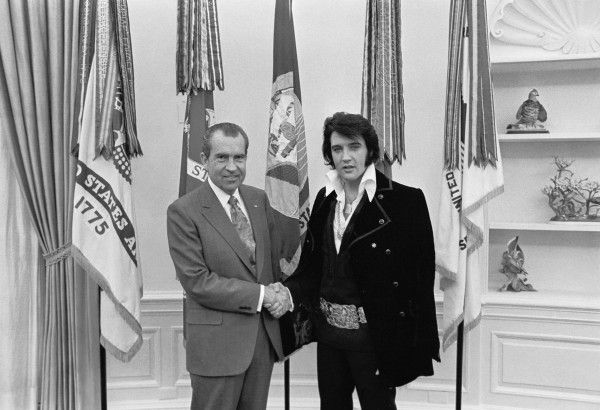 richard-nixon-elvis-presley-public-domain