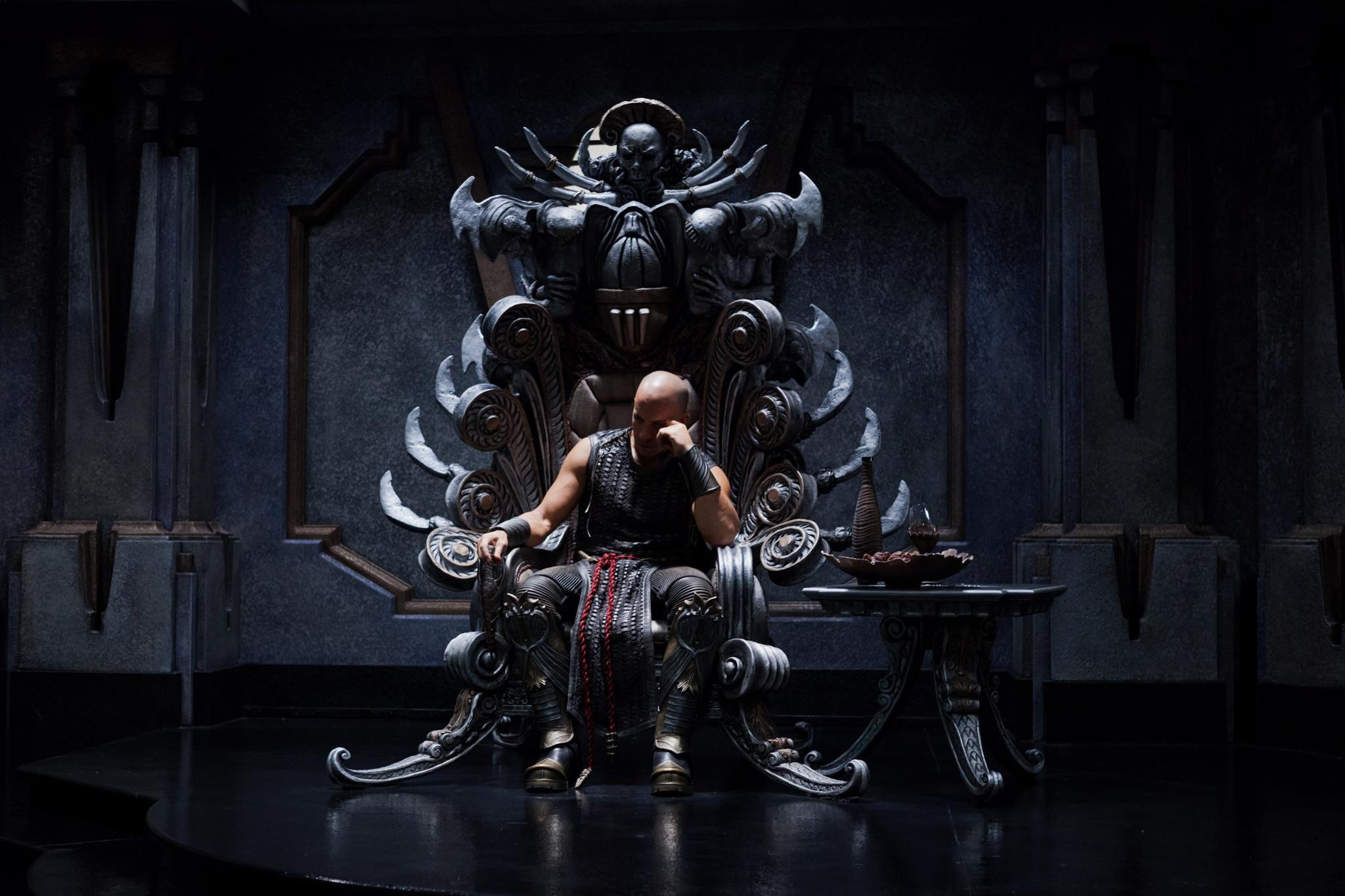 Evil kings throne room - Riddick Vin Diesel Throne