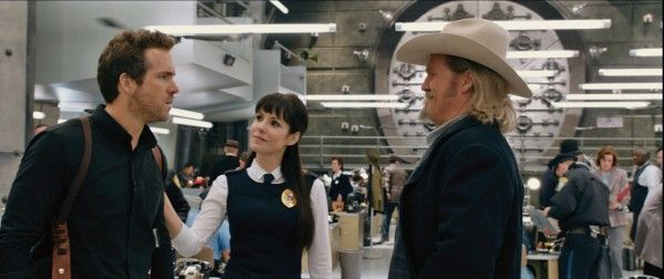 ripd-ryan-reynolds-mary-louise-parker-jeff-bridges
