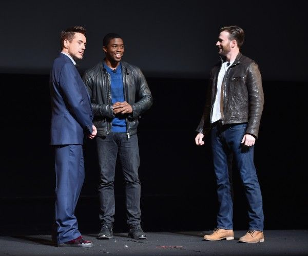 robert-downey-jr-chadwick-boseman-chris-evans-marvel-event