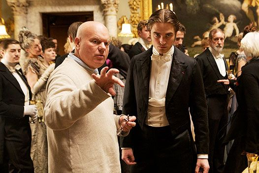 robert-pattinson-declan-donnellan-bel-ami-set-image