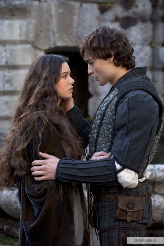 Douglas Booth Talks Romeo & Juliet, Noah, and Jupiter ...