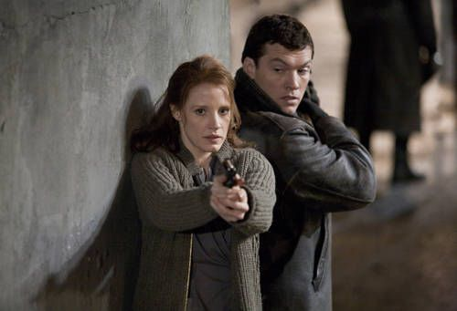 sam-worthington-jessica-chastain-the-debt-image-1