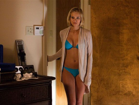 sara-paxton-shark-night-image-3