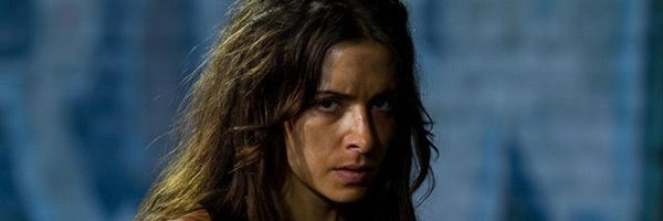 sarah-shahi-bullet-to-the-head-slice