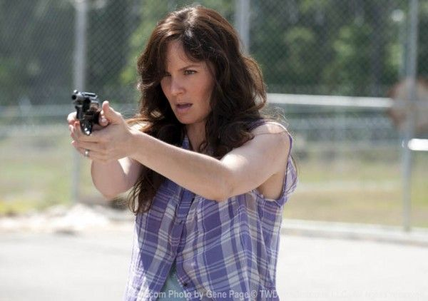 sarah-wayne-callies-episode-4-walking-dead