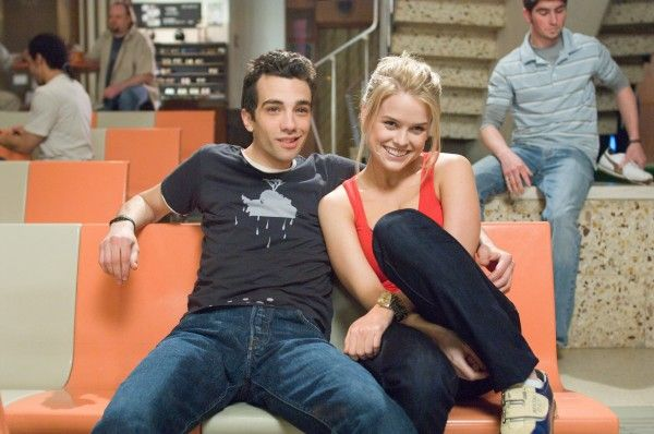 She's Out of My League Jay Baruchel and Alice Eve