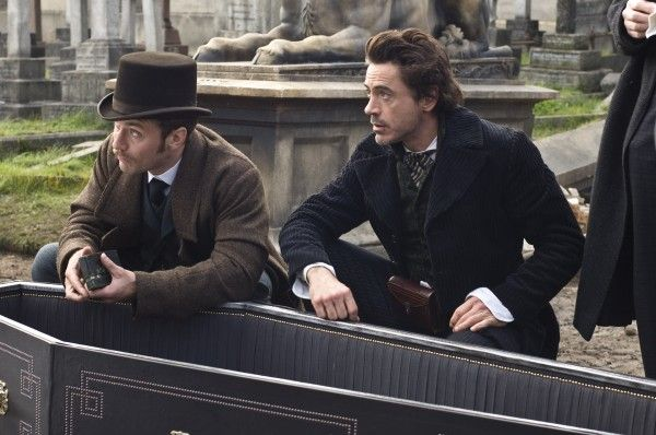 Sherlock-Holmes-movie-image-4