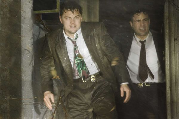 shutter_island_movie_image_leonardo_dicaprio_mark_ruffalo_01
