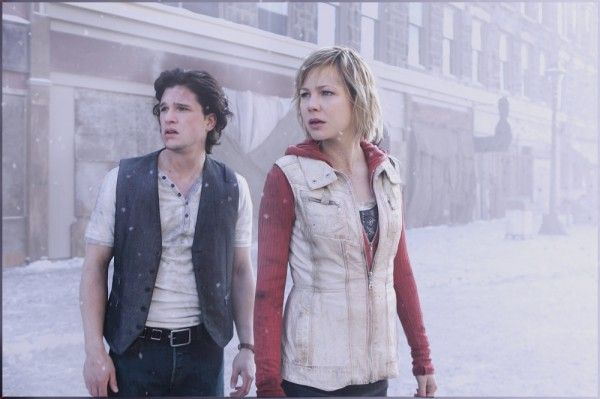 silent-hill-revelation-3d-movie-image-kit-harington-adelaide-clemens-01