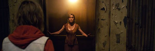 silent-hill-revelations-3d-movie-image-radha-mitchell-slice-01