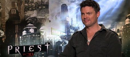 Karl Urban interview STAR TREK 2, DREDD, THE HOBBIT, Karaoke slice