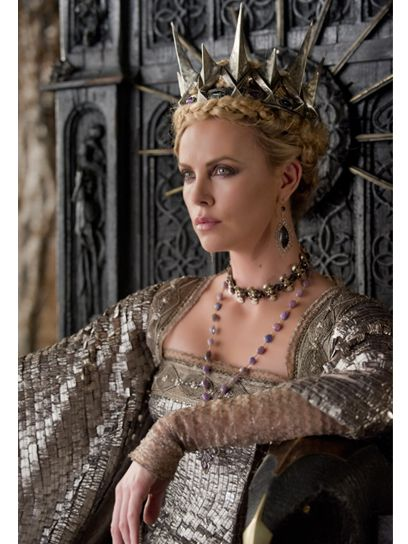 snow-white-and-the-huntsman-charlize-theron