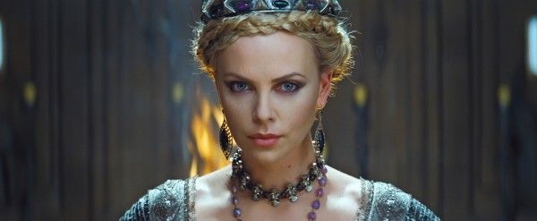 snow-white-huntsman-movie-image-charlize-theron