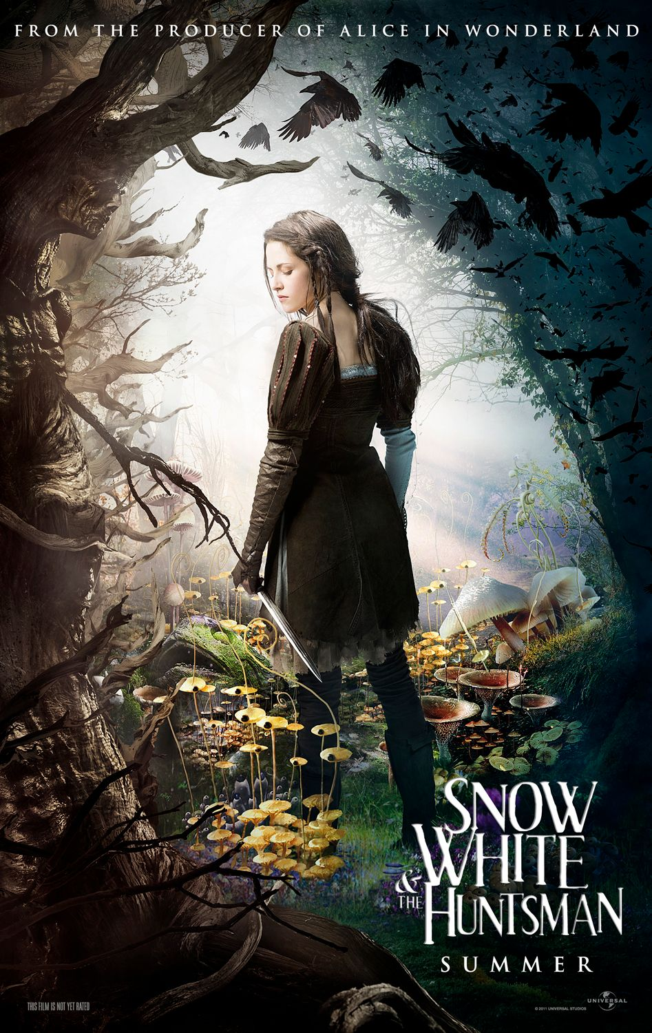 SNOW WHITE AND THE HUNTSMAN Trailer and Posters | Collider