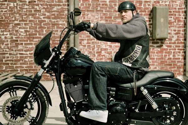sons-of-anarchy-charlie-hunnam-season-6