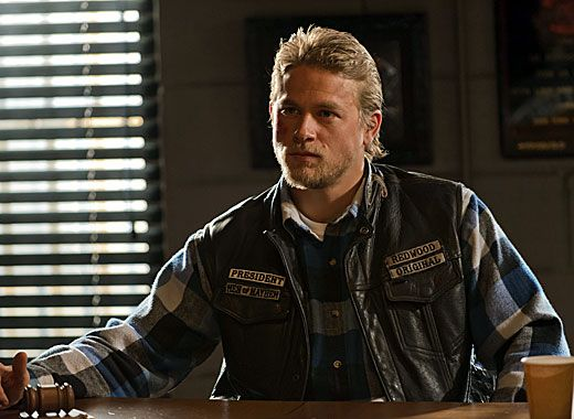 Charlie Hunnam Soa: SONS OF ANARCHY Season 5 Finale Recap & Review
