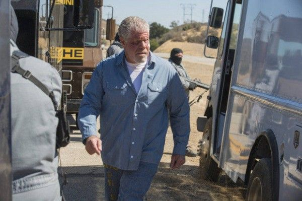 sons-of-anarchy-season-6-episode-11-ron-perlman