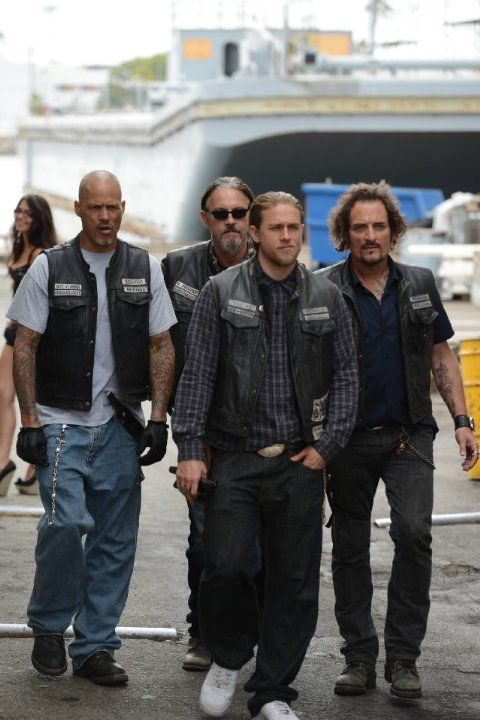sons of anarchy box set blu ray deal collider. Black Bedroom Furniture Sets. Home Design Ideas