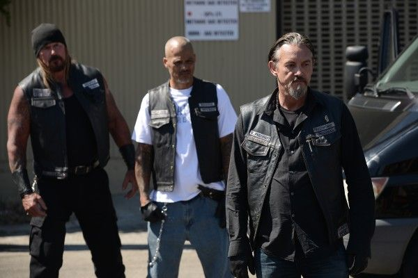 sons-of-anarchy-some-strange-eruption-2