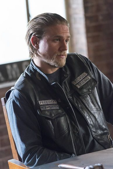 sons-of-anarchy-sweet-and-vaded-charlie-hunnam