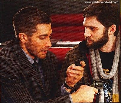 source_code_movie_image_scan_jake_gyllenhaal_01