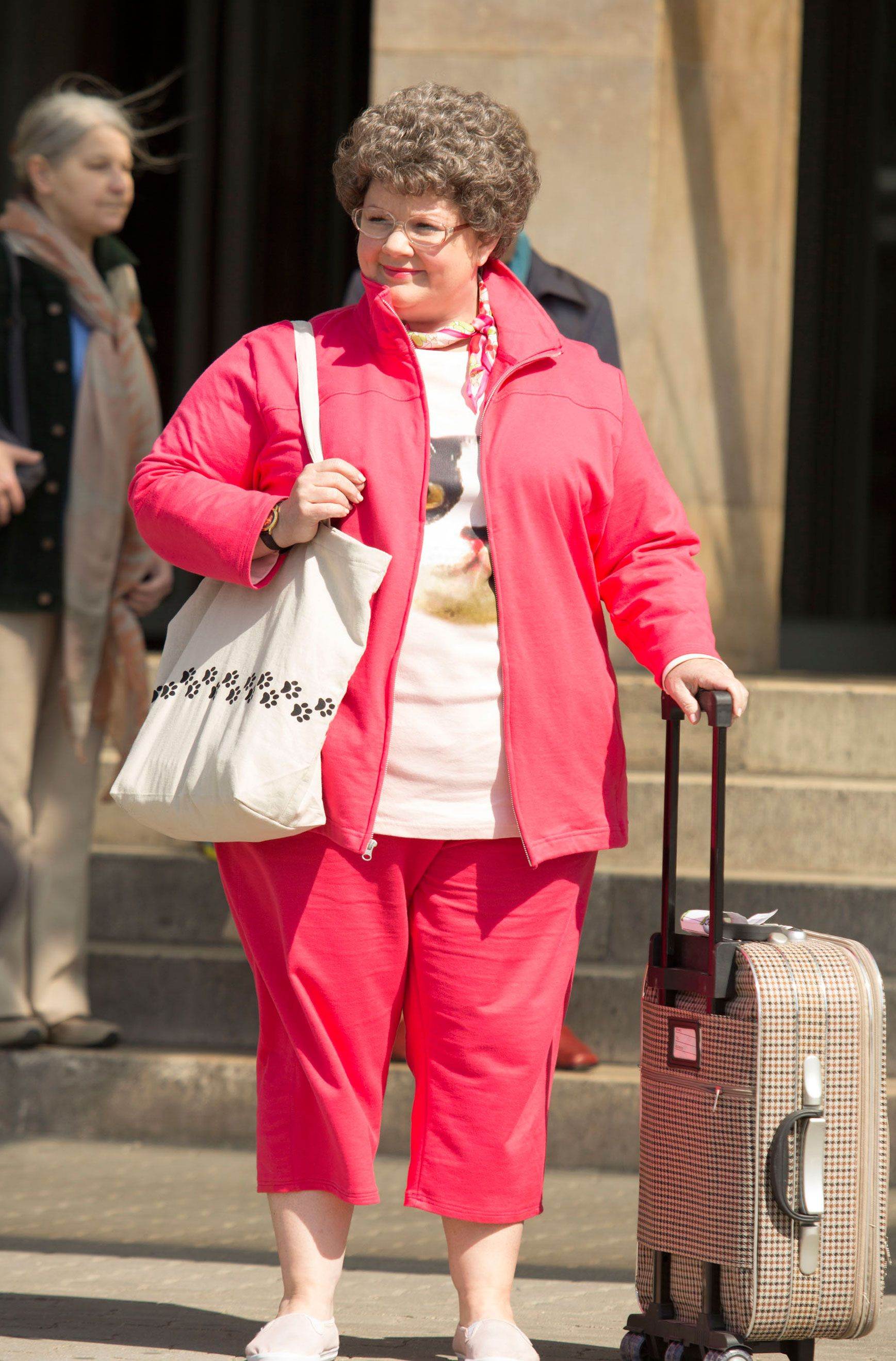First Green and Red Band Spy Movie Trailers Featuring Melissa McCarthy ...