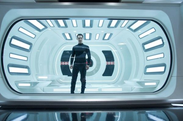 star-trek-into-darkness-benedict-cumberbatch-3