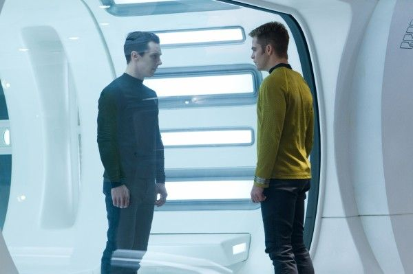 star-trek-into-darkness-benedict-cumberbatch-chris-pine