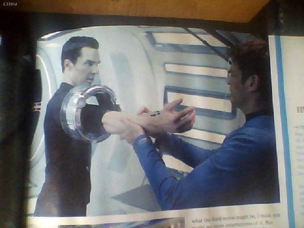 star-trek-into-darkness-benedict-cumberbatch-karl-urban-magazine-scan