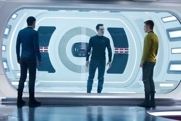 star-trek-into-darkness-chris-pine-benedict-cumberbatch-zachary-quinto