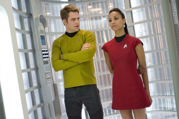 star-trek-into-darkness-chris-pine-zoe-saldana