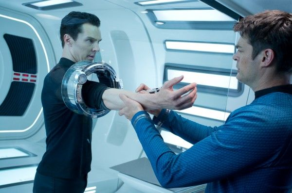 star-trek-into-darkness-karl-urban-benedict-cumberbatch