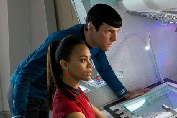 star-trek-into-darkness-zachary-quinto-zoe-saldana