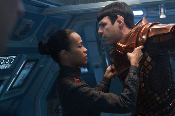 star-trek-into-darkness-zoe-saldana-zachary-quinto
