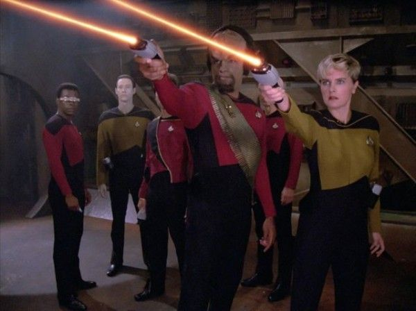 star-trek-the-next-generation-season-one-blu-ray-cast