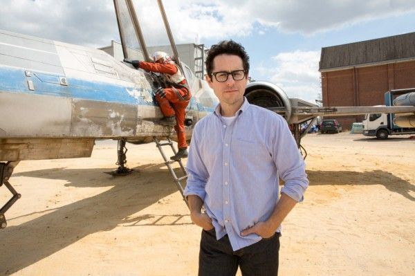 star-wars-episode-7-x-wing-jj-abrams