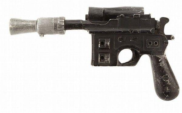 star-wars-han-solo-blaster-1