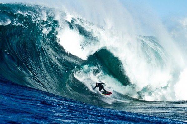 storm-surfers-3d