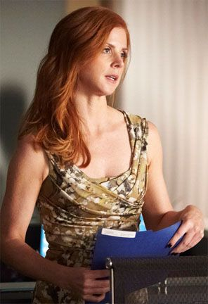 suits-sarah-rafferty