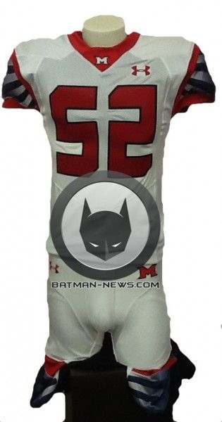 superman-vs-batman-football-jersey