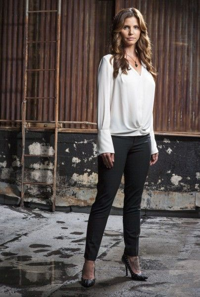 surviving-evil-charisma-carpenter