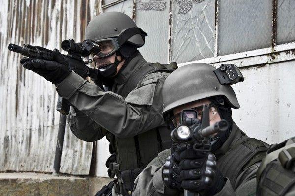 swat-military-helmet-cameras