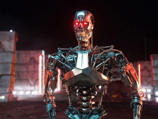 terminator-genisys-exoskeleton