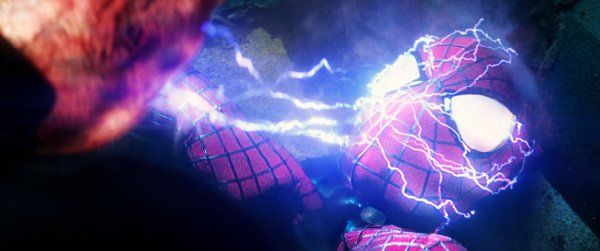 the-amazing-spider-man-2-andrew-garfield-shocked