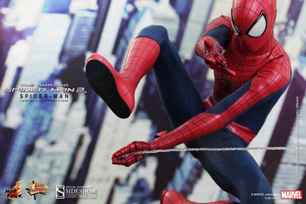the-amazing-spider-man-2-hot-toys-figure-2